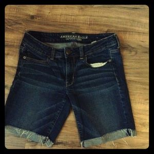 American Eagle Cut off Shorts Size 6